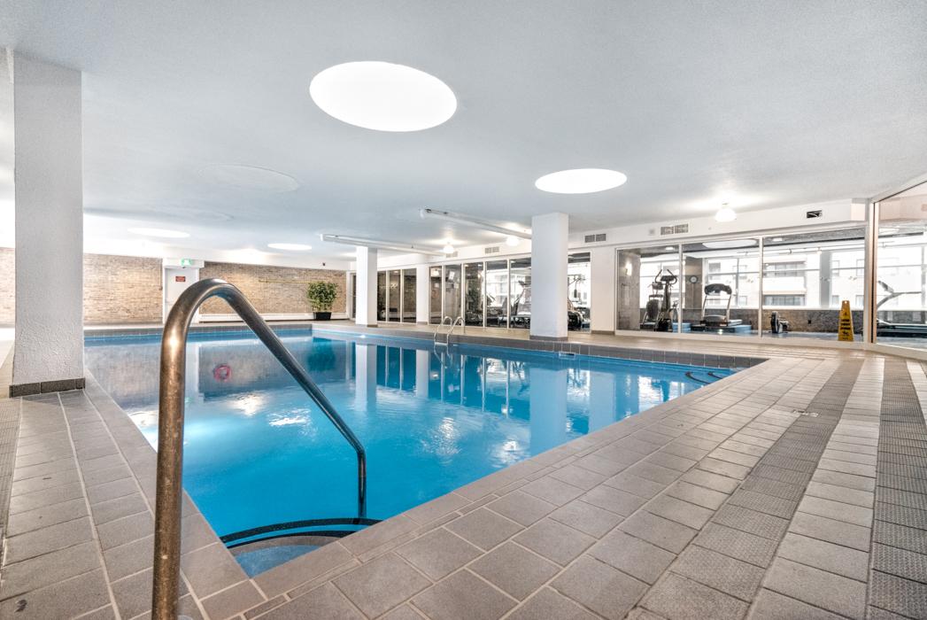 Appartement 2 Chambres a louer à Montréal (Centre-Ville) a Le Parc - Plan 01 - TrouveUnAppart – L402937