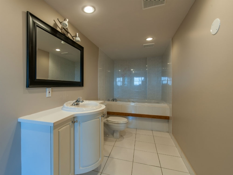 Appartement 3 Chambres a louer à Laval a Le Castel de Laval - Photo 04 - TrouveUnAppart – L6087