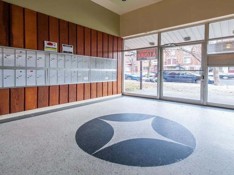 Appartement Studio / Bachelor a louer à Montréal (Centre-Ville) a Alexandre de Seve - Photo 04 - TrouveUnAppart – L168575
