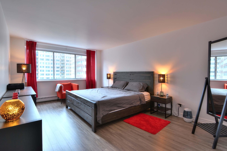 Appartement 2 Chambres de luxe a louer à Montréal (Centre-Ville) a Le Parc - Photo 08 - TrouveUnAppart – L1789