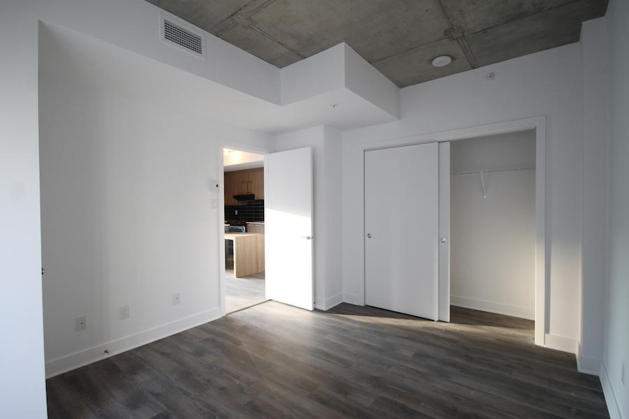 Condo Studio / Bachelor de luxe a louer à Montréal (Centre-Ville) a 1255 de Bullion - Photo 08 - TrouveUnAppart – L119807