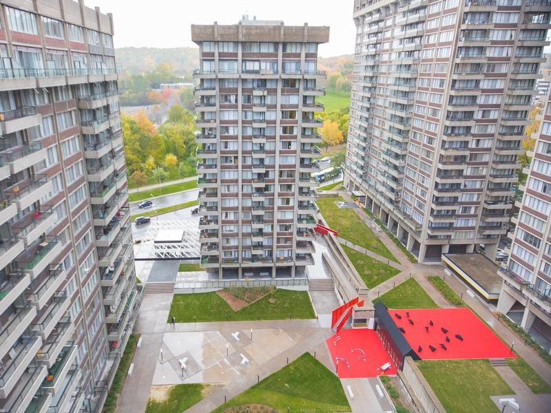 Penthouse 3 Chambres a louer à Côte-des-Neiges a Rockhill - Photo 02 - TrouveUnAppart – L1993