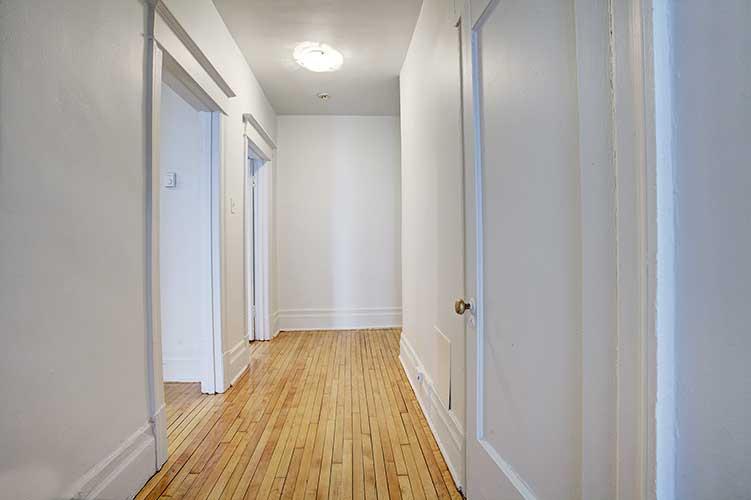 Appartement 2 Chambres a louer à Montréal (Centre-Ville) a 2205 St Marc et 1849 Lincoln - Photo 03 - TrouveUnAppart – L8037