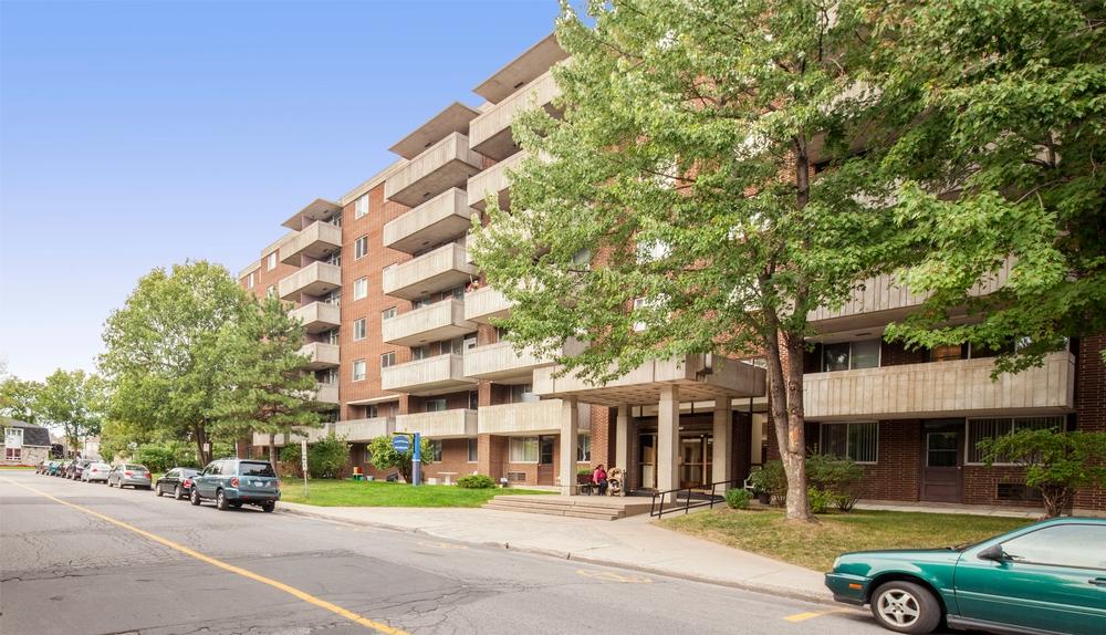 Appartement 2 Chambres a louer à Kirkland a Promenade Canvin - Photo 04 - TrouveUnAppart – L9541