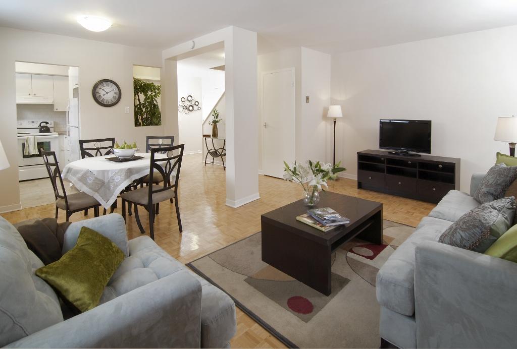 Maison de ville 3 Chambres a louer à Pointe-Claire a Southwest One - Photo 01 - TrouveUnAppart – L21535