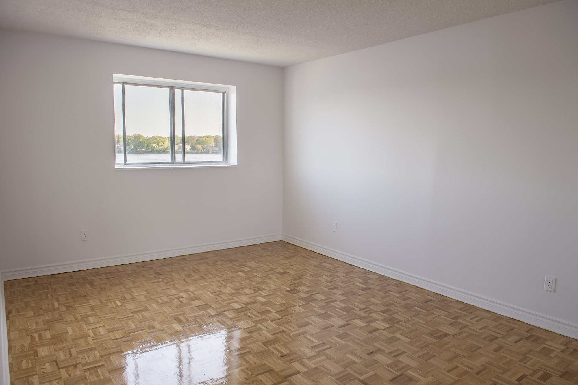 Appartement Studio / Bachelor a louer à Laval a Le Castel de Laval - Photo 04 - TrouveUnAppart – L6085
