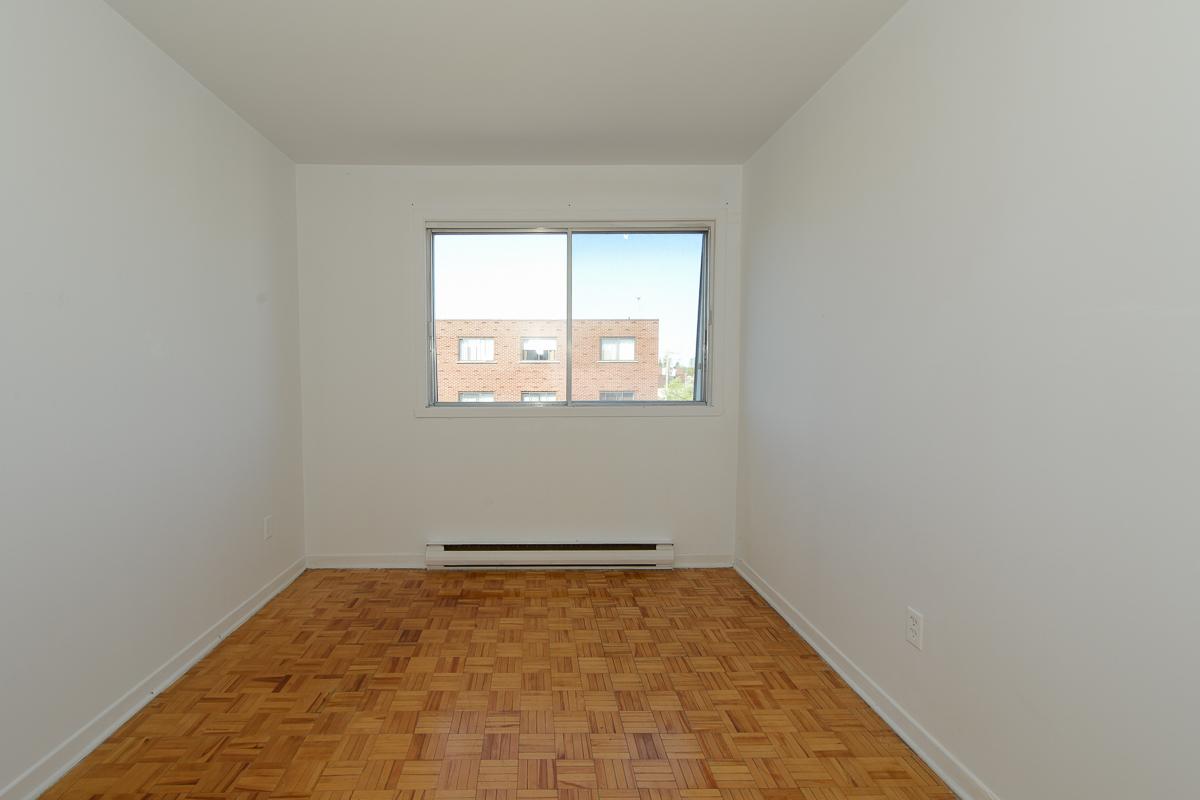 Appartement 3 Chambres a louer à Laval a 5025 Samson - Photo 06 - TrouveUnAppart – L28109