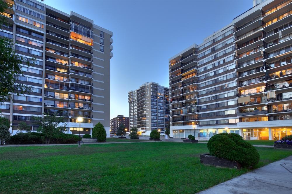 Appartement 4 Chambres a louer à Laval a Havre des Iles - Photo 02 - TrouveUnAppart – L9528