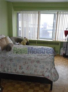 Appartement Junior 1 Chambre a louer à Notre-Dame-de-Grâce a Tour Girouard - Photo 02 - TrouveUnAppart – L2078