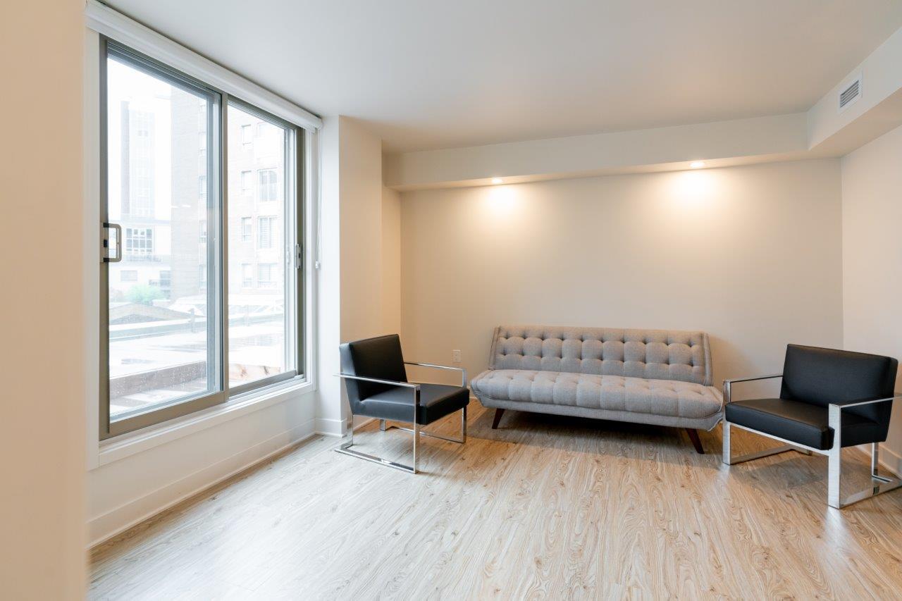 Appartement 1 Chambre de luxe a louer à Ville St-Laurent - Bois-Franc a Tours Bois-Franc - Photo 10 - TrouveUnAppart – L403166