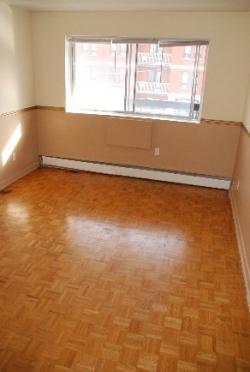 Appartement 1 Chambre a louer à Notre-Dame-de-Grâce a 5105 Rosedale Ave - Photo 02 - TrouveUnAppart – L115574