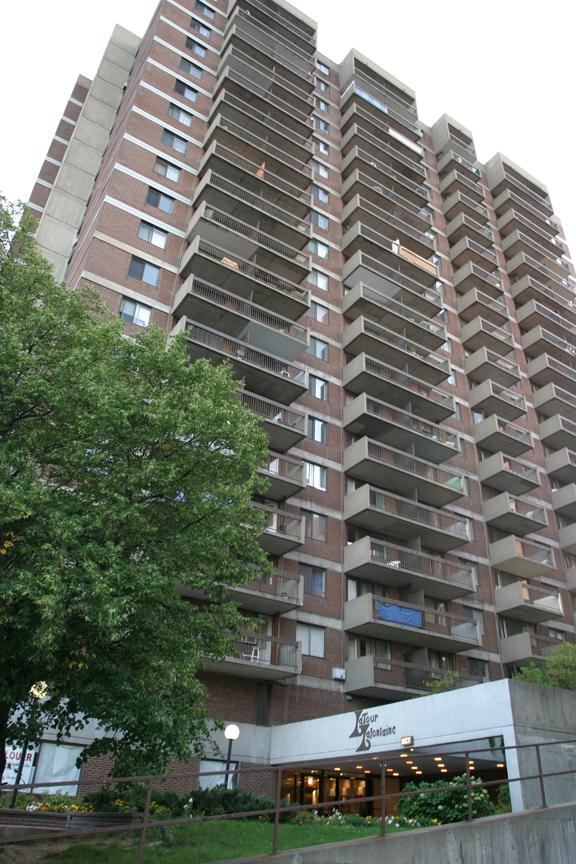 Appartement Studio / Bachelor a louer à Plateau Mont-Royal a Tour Lafontaine - Photo 01 - TrouveUnAppart – L23203