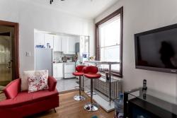 Appartement 2 Chambres a louer à Côte-des-Neiges a 2219-2229 Edouard-Montpetit - Photo 02 - TrouveUnAppart – L693