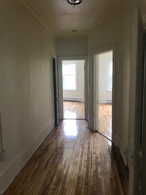 Appartement 3 Chambres a louer à Notre-Dame-de-Grâce a 5621-5627 Sherbrooke Ouest - Photo 09 - TrouveUnAppart – L401599