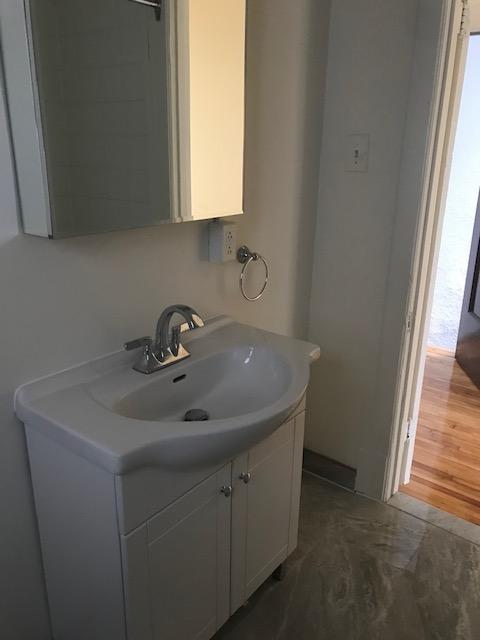 Appartement 3 Chambres a louer à Notre-Dame-de-Grâce a 5621-5627 Sherbrooke Ouest - Photo 07 - TrouveUnAppart – L401599