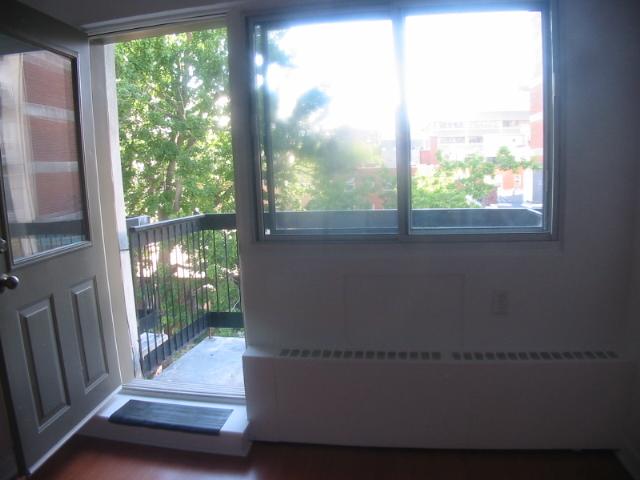 Appartement Studio / Bachelor a louer à Montréal (Centre-Ville) a 3565 Lorne - Photo 03 - TrouveUnAppart – L5007
