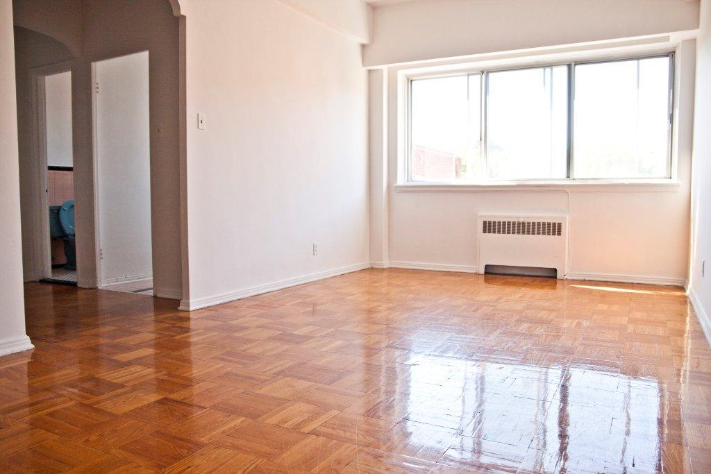 Appartement Studio / Bachelor a louer à Notre-Dame-de-Grâce a Longpre - Photo 03 - TrouveUnAppart – L1035