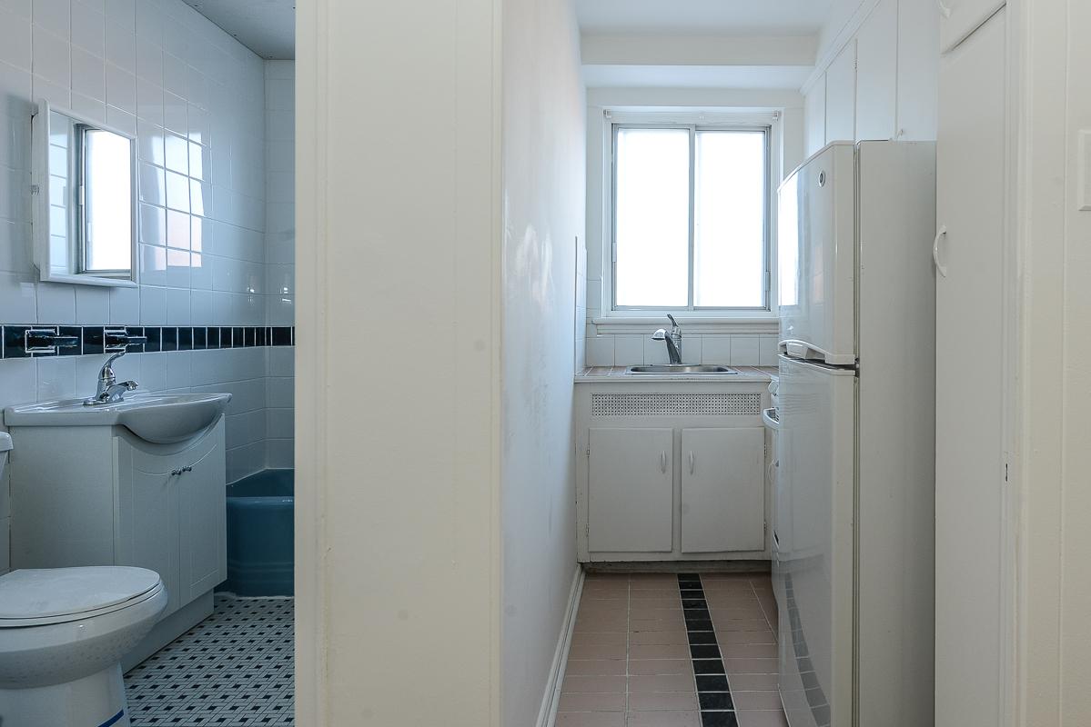 Appartement Studio / Bachelor a louer à Notre-Dame-de-Grâce a Longpre - Photo 06 - TrouveUnAppart – L1035