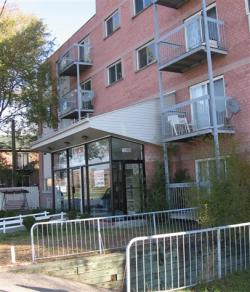 Appartement 1 Chambre a louer à Pointe-aux-Trembles a 13900-13910 Sherbrooke Est - Photo 03 - TrouveUnAppart – L1286