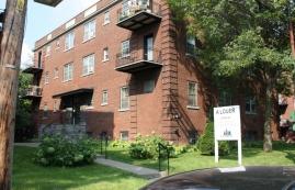 Appartement 2 Chambres a louer à Côte-Saint-Luc a 5781-5783 Cote-St-Luc Road - Photo 01 - TrouveUnAppart – L23638