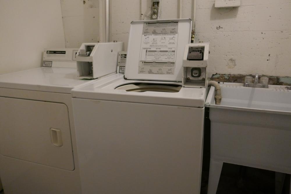 Appartement 1 Chambre a louer à Côte-des-Neiges a 5674 Avenue Gatineau - Photo 08 - TrouveUnAppart – L401053