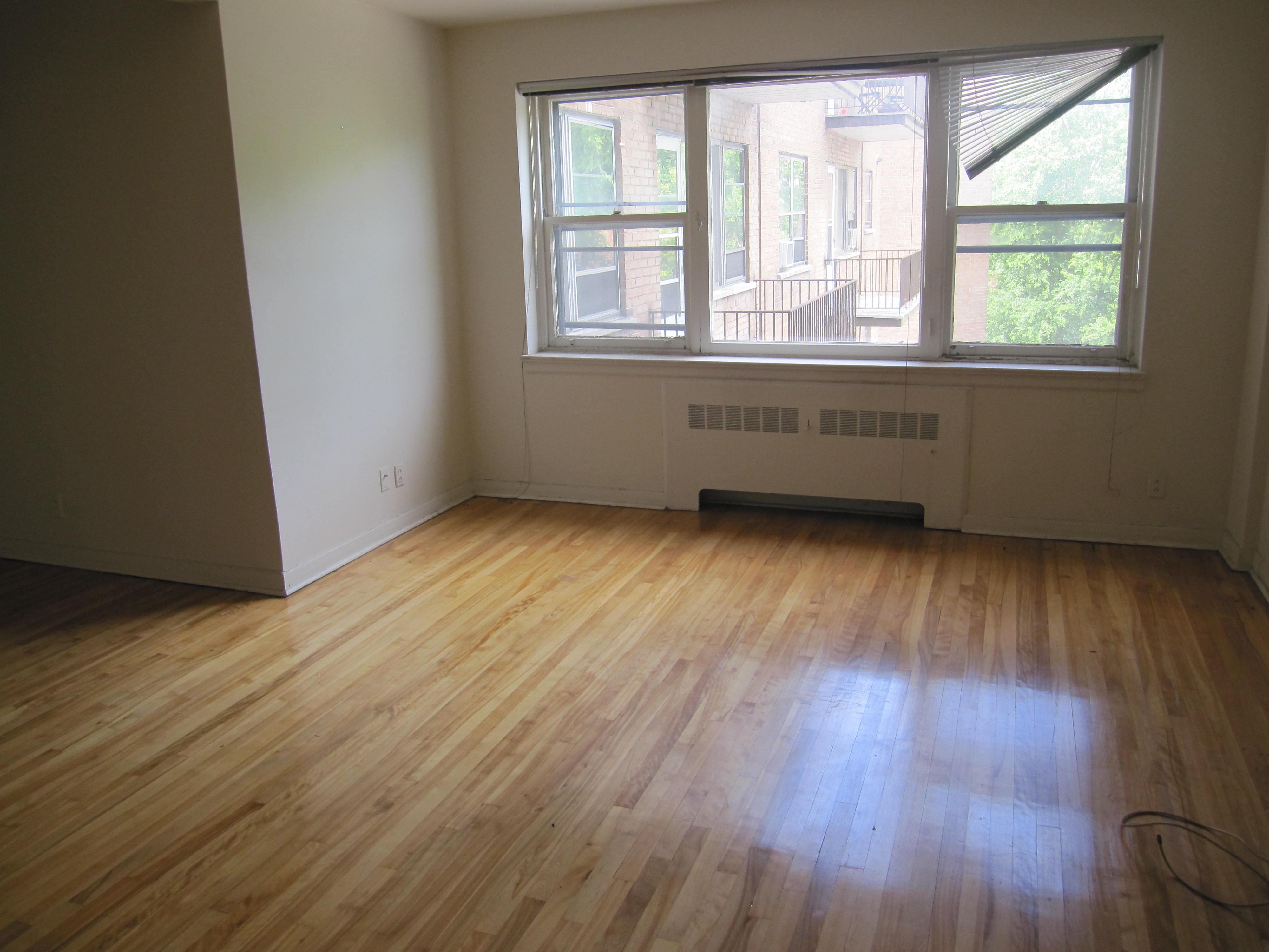 Appartement 1 Chambre a louer à Notre-Dame-de-Grâce a 4635 Clanranald - Photo 02 - TrouveUnAppart – L20675