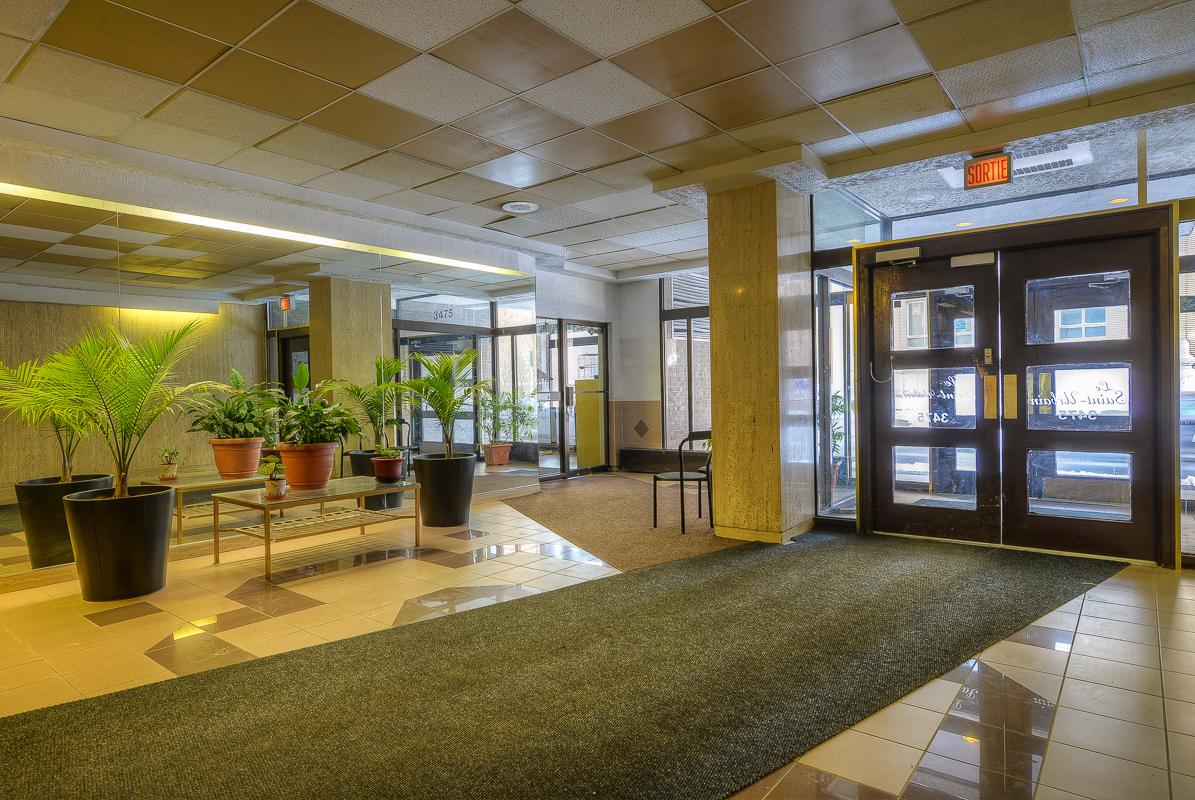 Appartement Studio / Bachelor a louer à Montréal (Centre-Ville) a St Urbain - Photo 07 - TrouveUnAppart – L1057