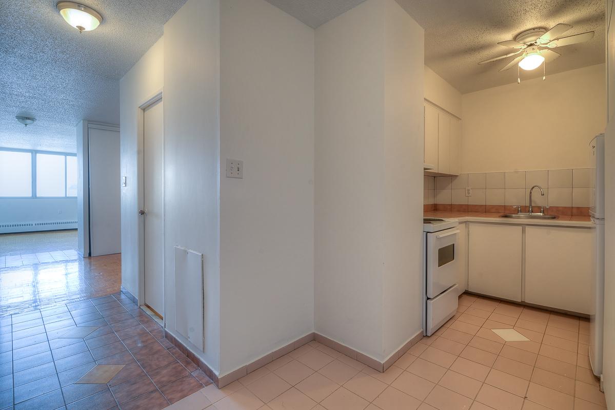 Appartement Studio / Bachelor a louer à Montréal (Centre-Ville) a St Urbain - Photo 08 - TrouveUnAppart – L1057