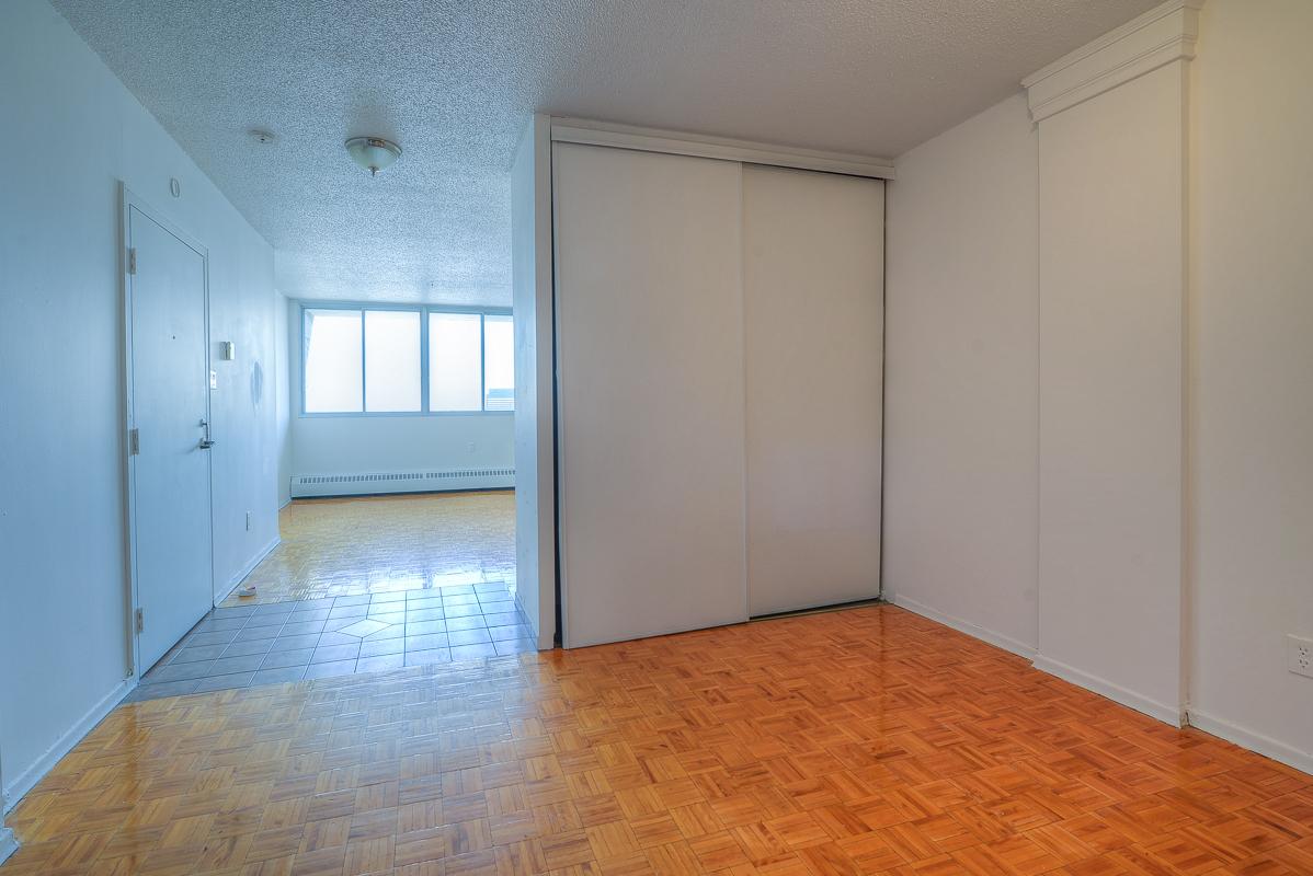 Appartement Studio / Bachelor a louer à Montréal (Centre-Ville) a St Urbain - Photo 10 - TrouveUnAppart – L1057