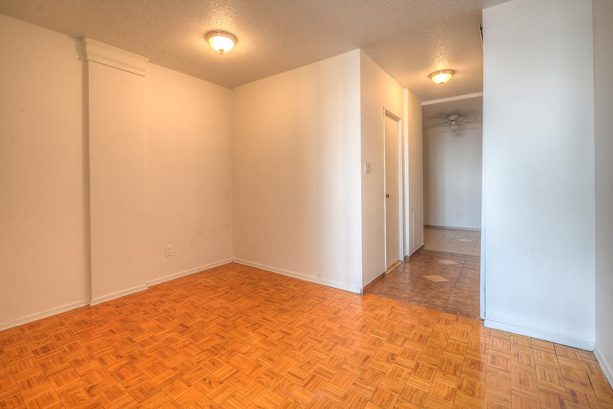Appartement Studio / Bachelor a louer à Montréal (Centre-Ville) a St Urbain - Photo 12 - TrouveUnAppart – L1057