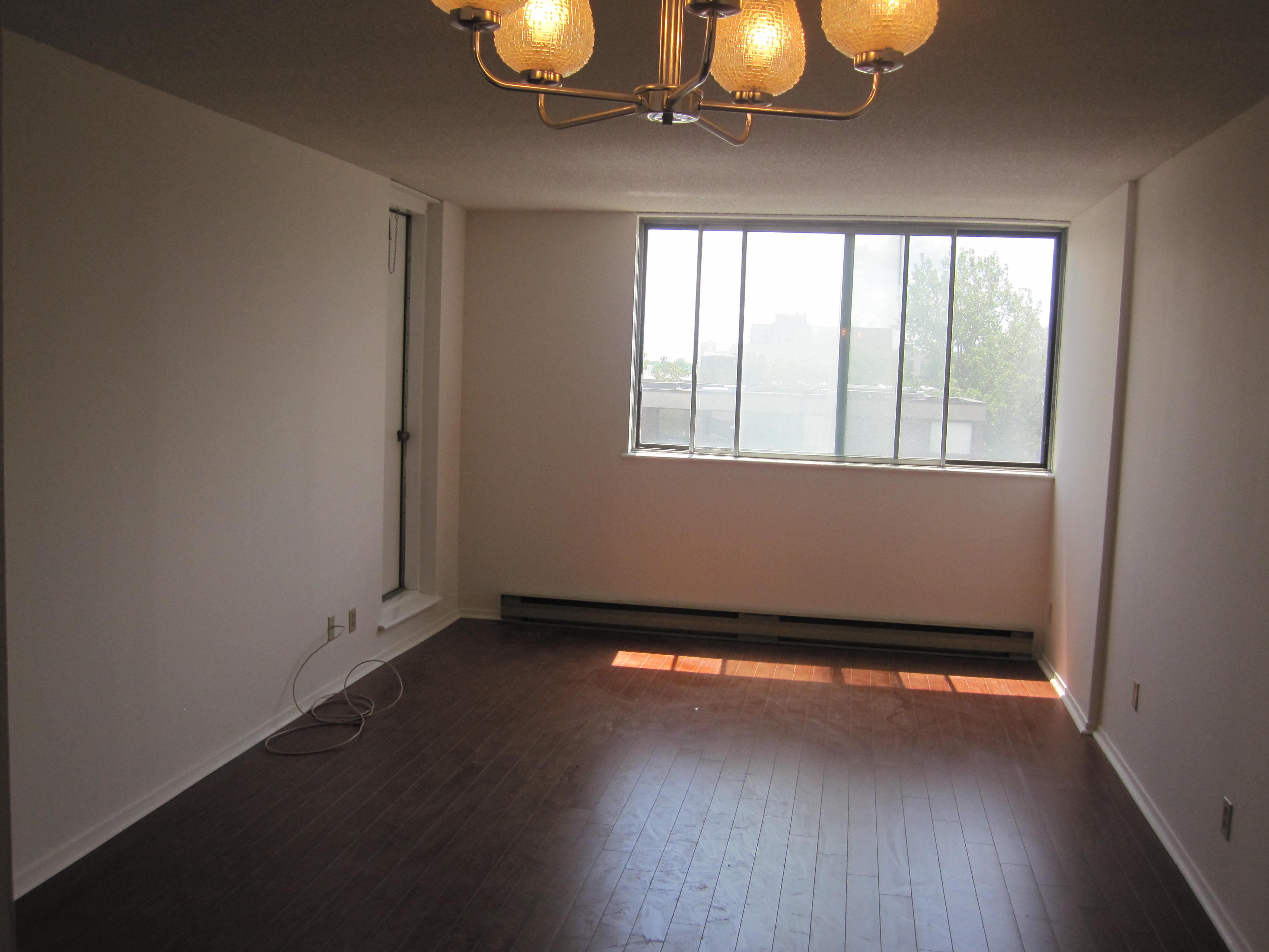 Appartement 2 Chambres a louer à Côte-Saint-Luc a 6555 Kildare - Photo 03 - TrouveUnAppart – L19481