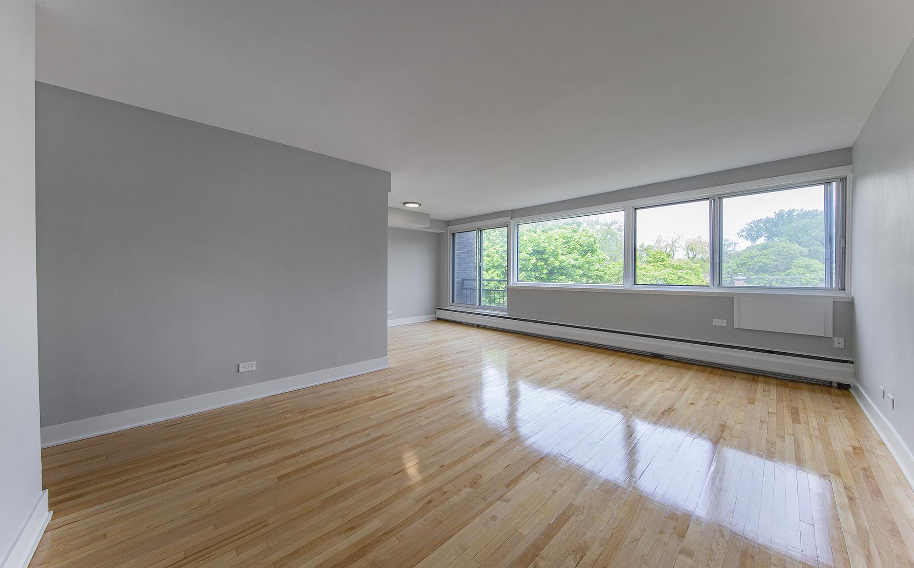 Appartement 2 Chambres a louer à Côte-Saint-Luc a 5765 Cote St-Luc - Photo 01 - TrouveUnAppart – L401533