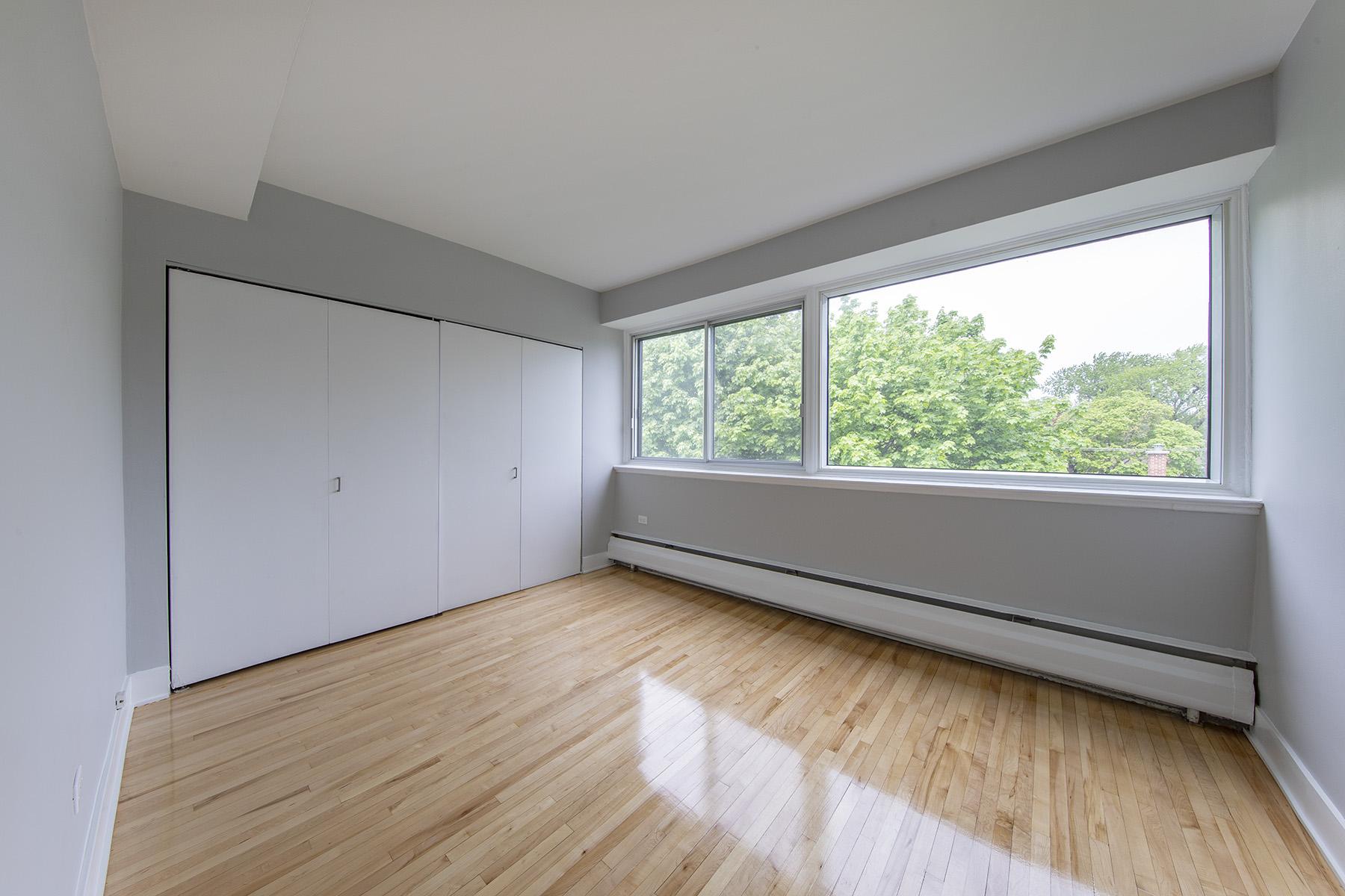 Appartement 2 Chambres a louer à Côte-Saint-Luc a 5765 Cote St-Luc - Photo 04 - TrouveUnAppart – L401533