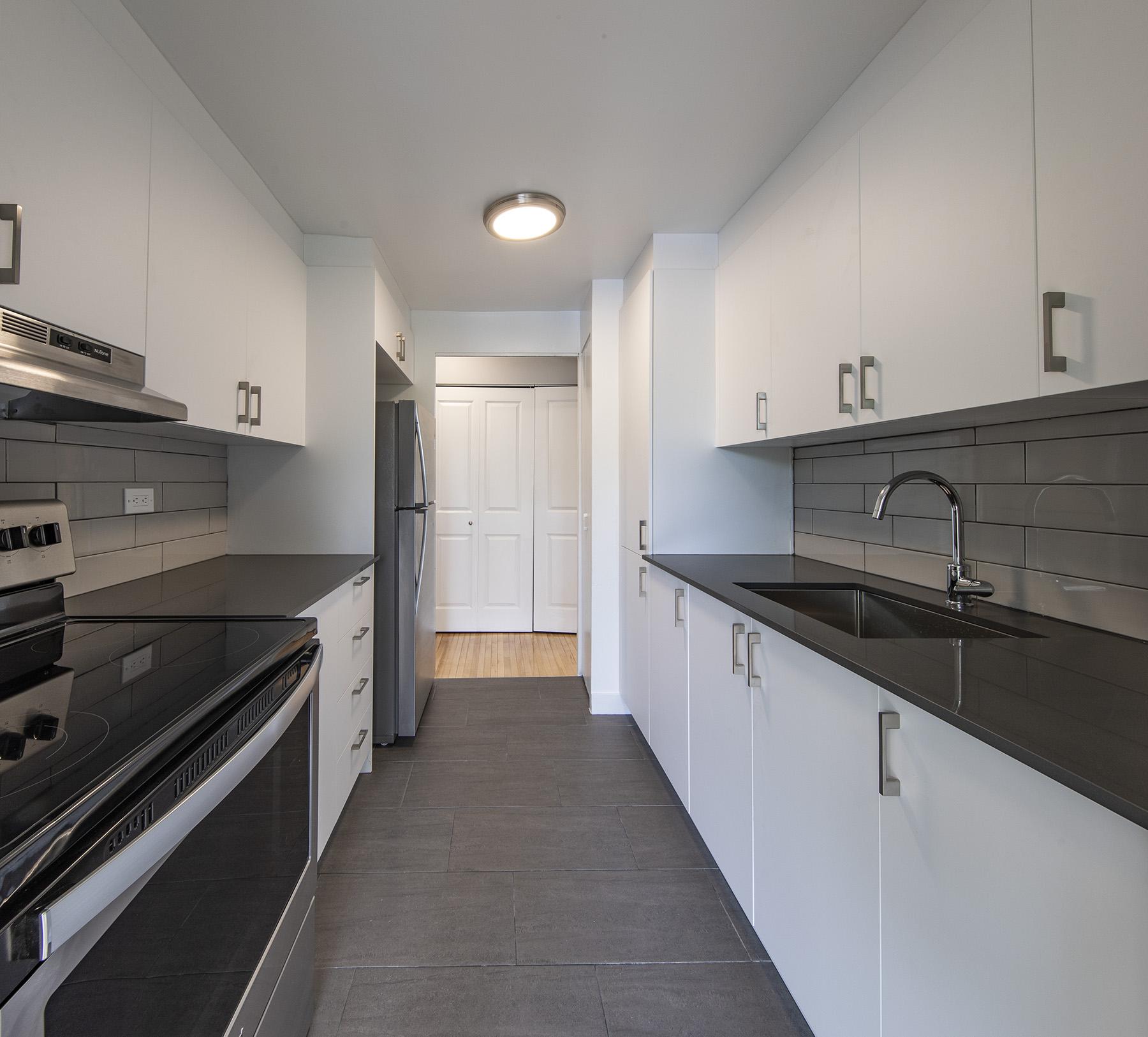 Appartement 2 Chambres a louer à Côte-Saint-Luc a 5765 Cote St-Luc - Photo 03 - TrouveUnAppart – L401533