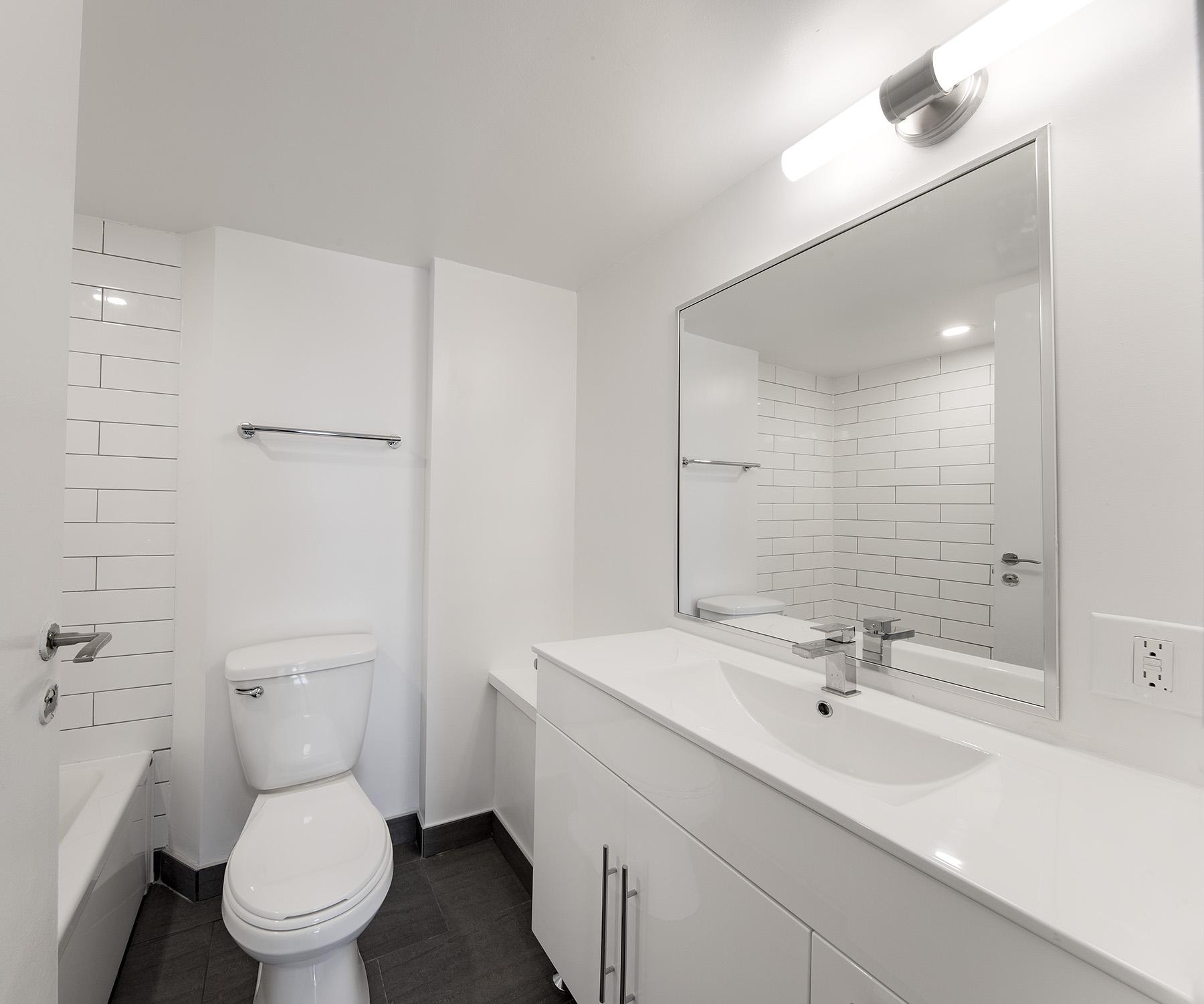 Appartement 2 Chambres a louer à Côte-Saint-Luc a 5765 Cote St-Luc - Photo 06 - TrouveUnAppart – L401533