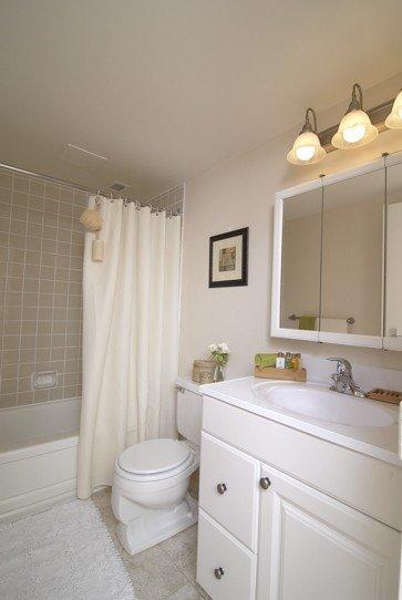 Appartement Studio / Bachelor meublé a louer à Pointe-Claire a Southwest One - Photo 04 - TrouveUnAppart – L21538