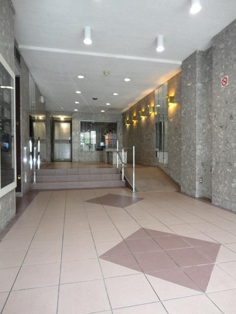 Penthouse 1 Chambre a louer à Montréal (Centre-Ville) a 1819 Maisonneuve Ouest - Photo 11 - TrouveUnAppart – L3751