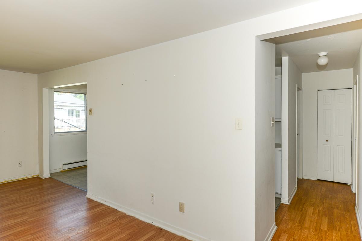 Appartement 2 Chambres a louer à Laval a 5085 Notre Dame - Photo 02 - TrouveUnAppart – L28111