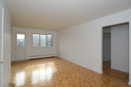 Appartement 3 Chambres a louer à Saint Lambert a Projets Preville 2 - Photo 02 - TrouveUnAppart – L5972
