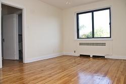 Appartement 3 Chambres a louer à Notre-Dame-de-Grâce a 4655 Bonavista - Photo 01 - TrouveUnAppart – L129241