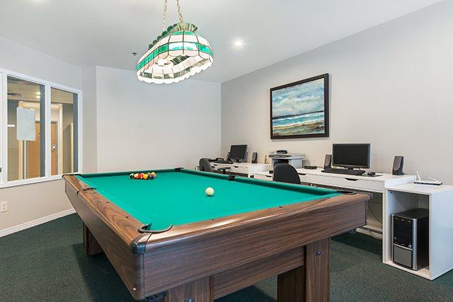 Appartement pour 55+ 2 Chambres a louer à Pointe-Claire a LEsterel - Photo 01 - TrouveUnAppart – L342504