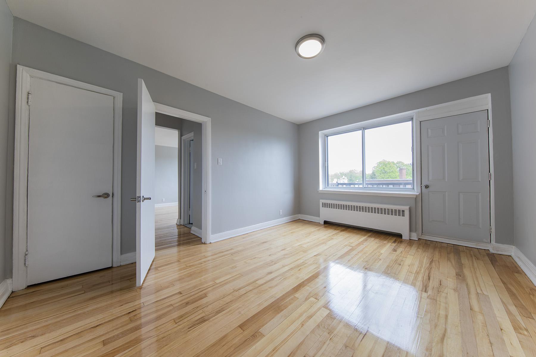 Appartement Studio / Bachelor a louer à Notre-Dame-de-Grâce a 6325 Somerled - Photo 01 - TrouveUnAppart – L401539