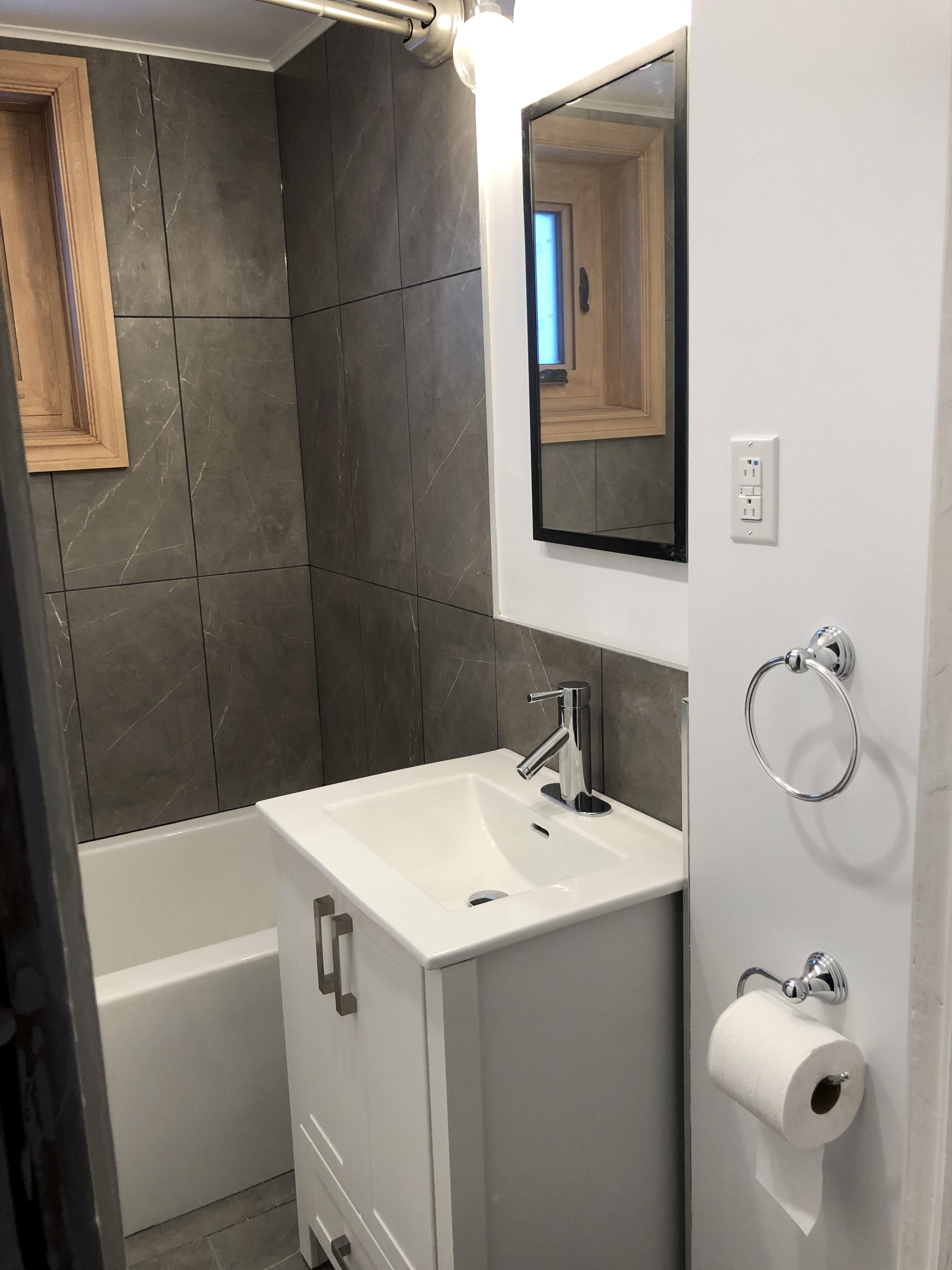 Appartement 4 Chambres a louer à Ville-Lasalle a 8875 Beyries - Photo 02 - TrouveUnAppart – L404451