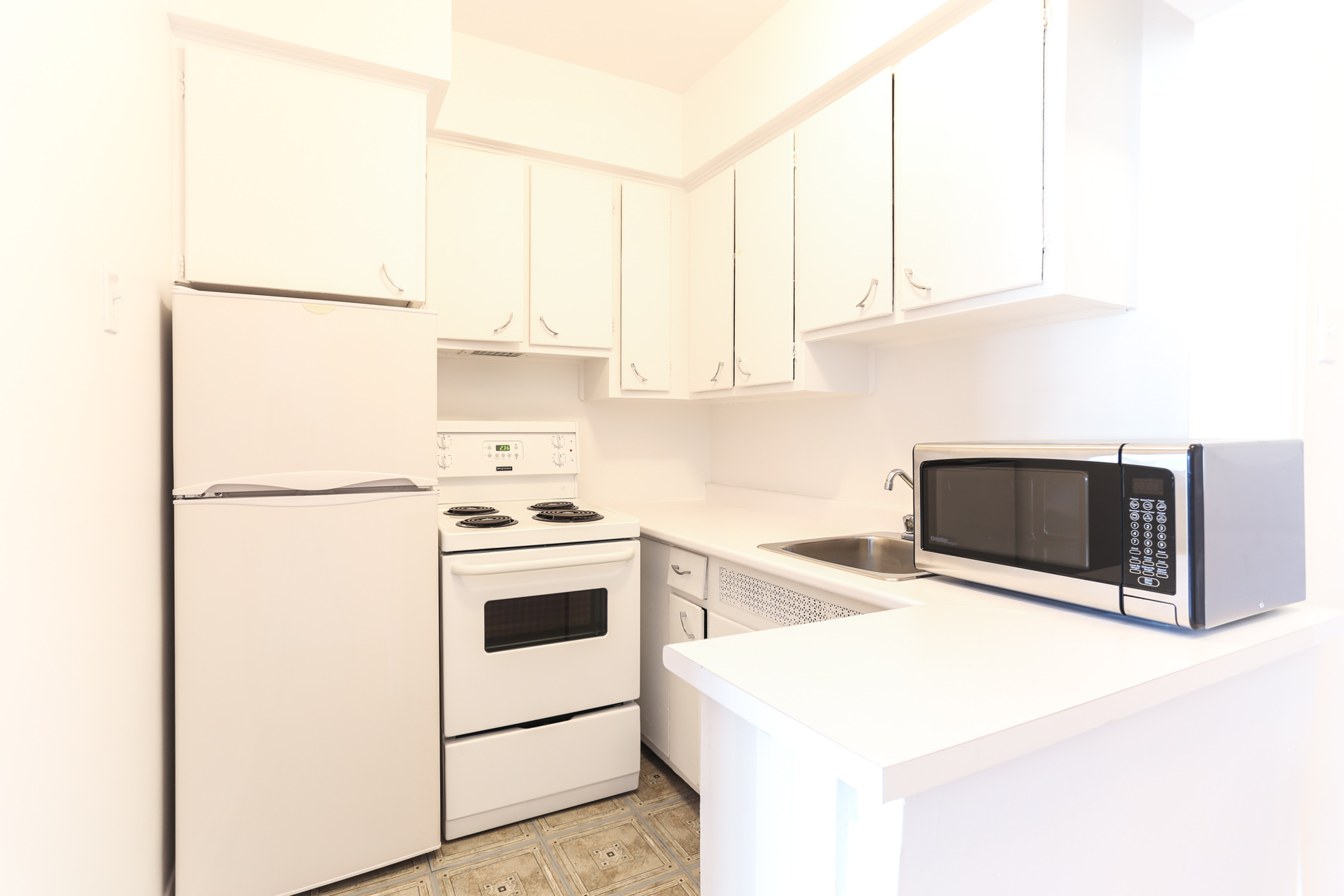 Appartement Studio / Bachelor a louer à Montréal (Centre-Ville) a 1420 St Mathieu - Photo 06 - TrouveUnAppart – L1748