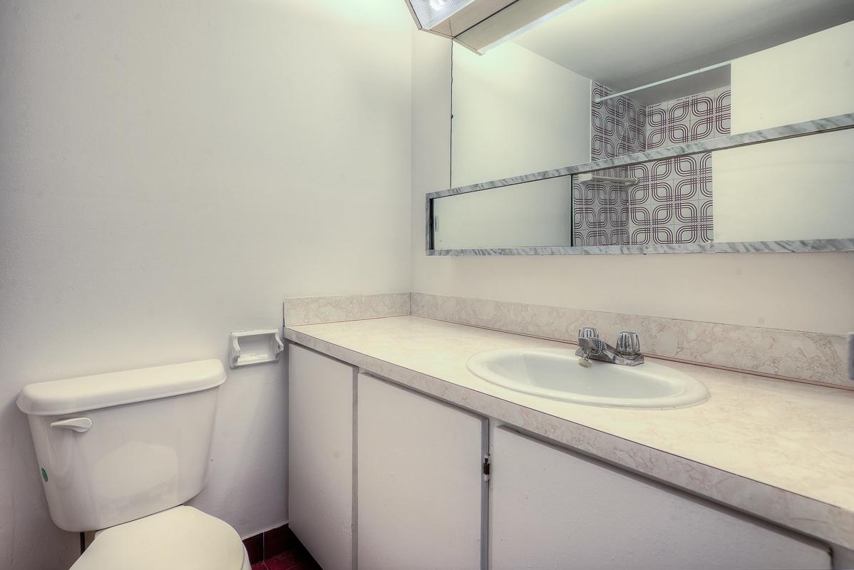 Appartement Studio / Bachelor a louer à Montréal (Centre-Ville) a St Urbain - Photo 04 - TrouveUnAppart – L1058