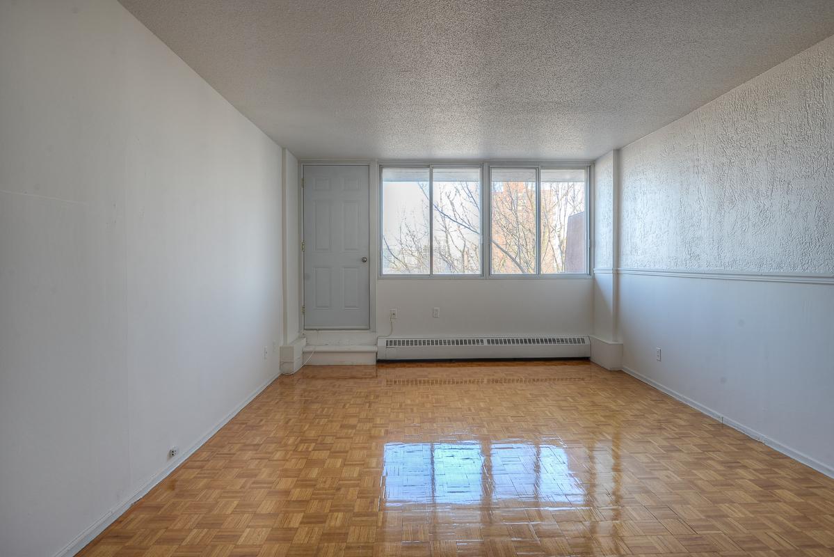 Appartement Studio / Bachelor a louer à Montréal (Centre-Ville) a St Urbain - Photo 09 - TrouveUnAppart – L1058