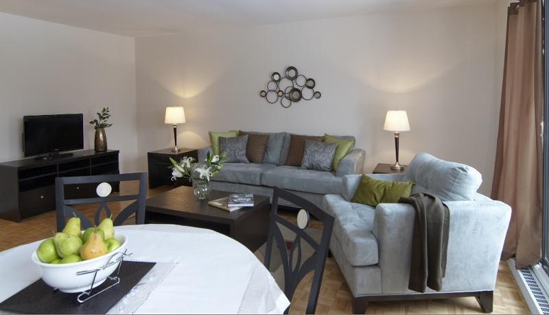 Appartement 2 Chambres a louer à Pointe-Claire a Southwest One - Photo 01 - TrouveUnAppart – L682