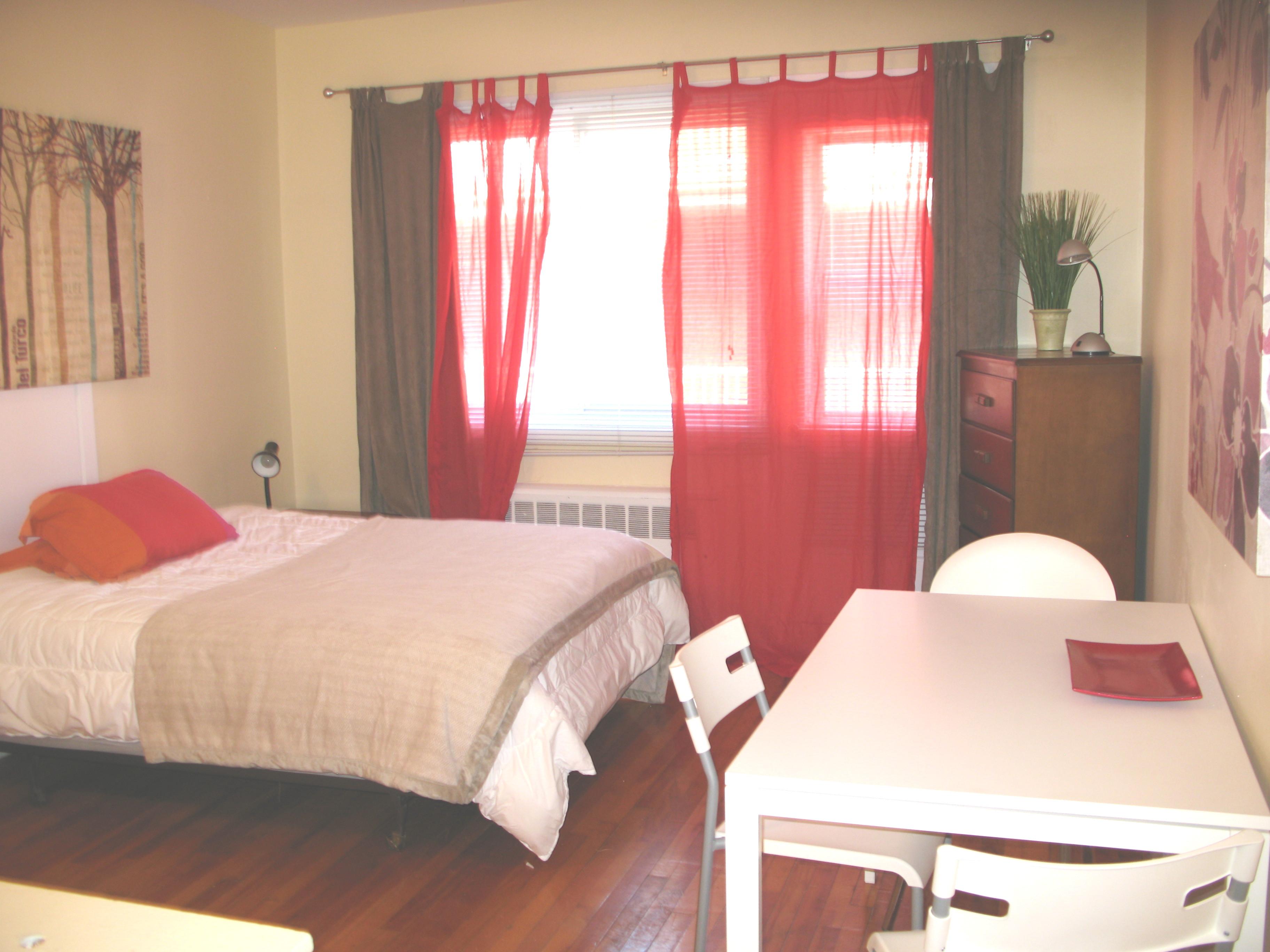 Appartement 2 Chambres meublé a louer à Côte-des-Neiges a CDN - Photo 02 - TrouveUnAppart – L8144