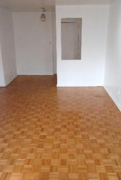 Appartement Studio / Bachelor a louer à Notre-Dame-de-Grâce a 5105 Rosedale Ave - Photo 02 - TrouveUnAppart – L115575