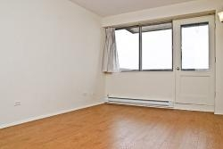 Appartement Studio / Bachelor a louer à Dorval a Tours Dorval - Photo 01 - TrouveUnAppart – L5544